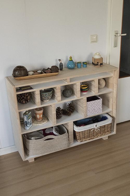 Fonkelnieuw Persistent Realities » Building your own neat looking dressoir! EA-66